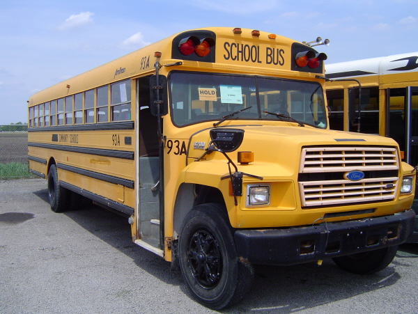 File:AmTran Ford Early 90's.jpg