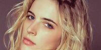 Chloe Holmes