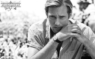 Tobias-Lundkvist-Photoshoot-09-alexander-skarsgard-18212463-949-595