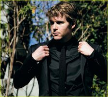 Ryan-kwanten-august-man-magazine-march-2010-08