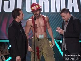 Joe-manganiello-2012-mtv-movie-awards-06042012-11-580x435