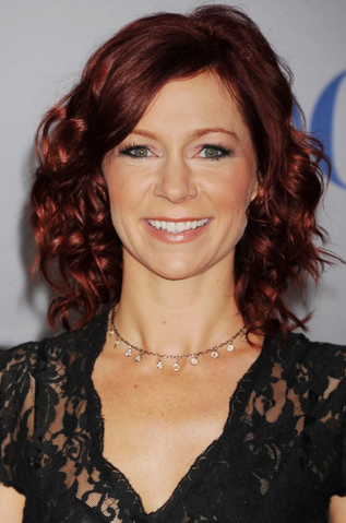 File:CarriePReston2012.png