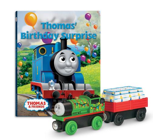 File:WoodenRailwayThomas'BirthdaySurpriseBookPack.jpg