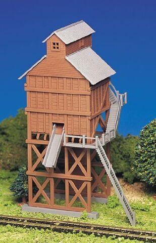 File:BachmannSodorcoalingtower.jpg