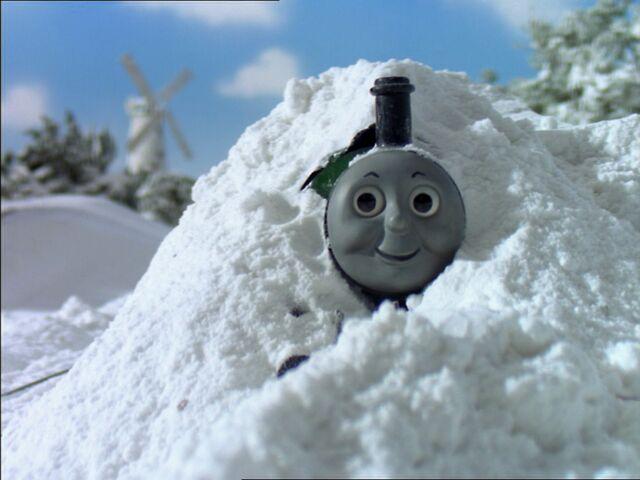 File:Snow15.jpg