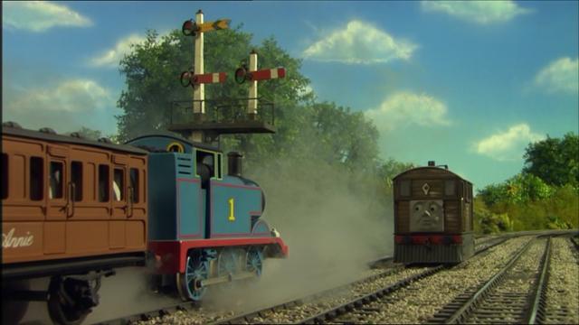 File:ThomasinTrouble(Season11)40.png