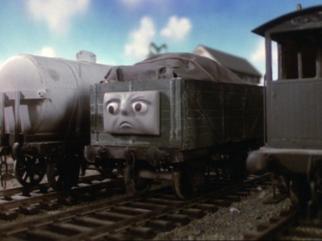 File:PopGoestheDiesel4.png