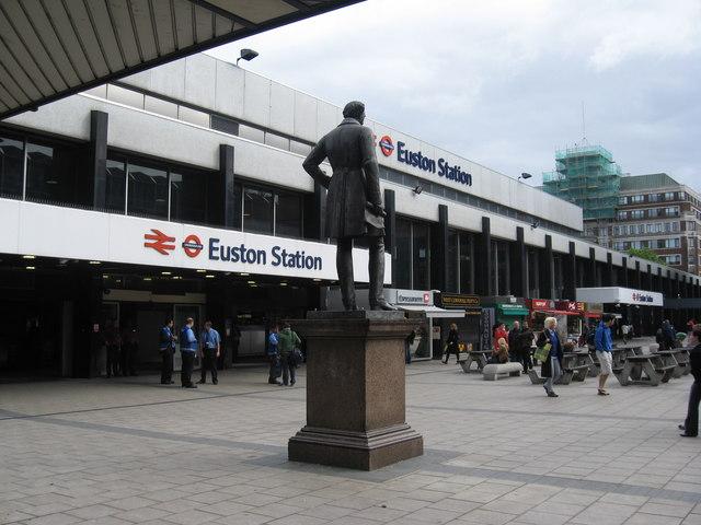 File:EustonStation.jpg