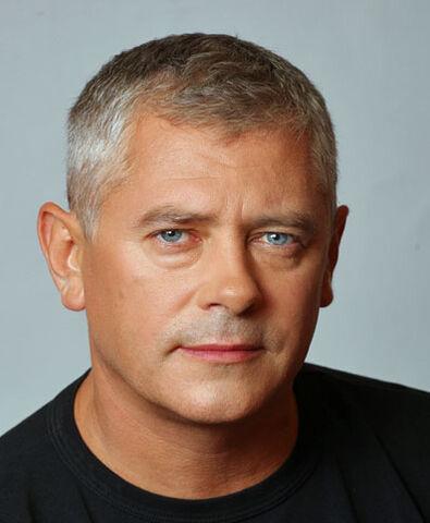 File:PiotrBąk.jpg