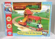 TrackMaster(HiTToyCompany)Percy'sDayattheFarmbox1