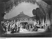 Bundesarchiv Bild 183-2004-0512-501, Bayreuth, Festspiele, Tannhäuser , Schluss-1-