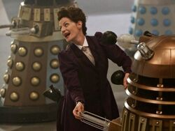 Doctor Who 9x02 002