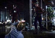 Flash 2x02 003