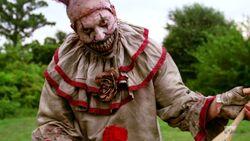 American Horror Story 4x01 001
