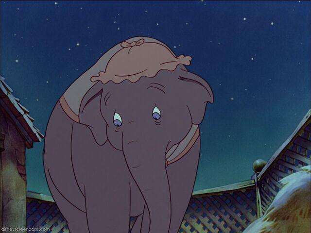 File:Dumbo 10.jpg