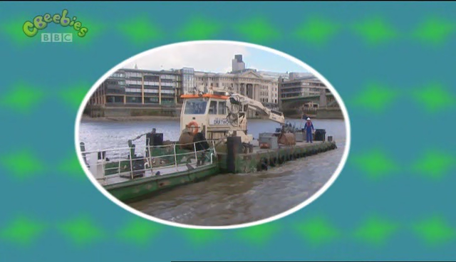 File:London Boats.png
