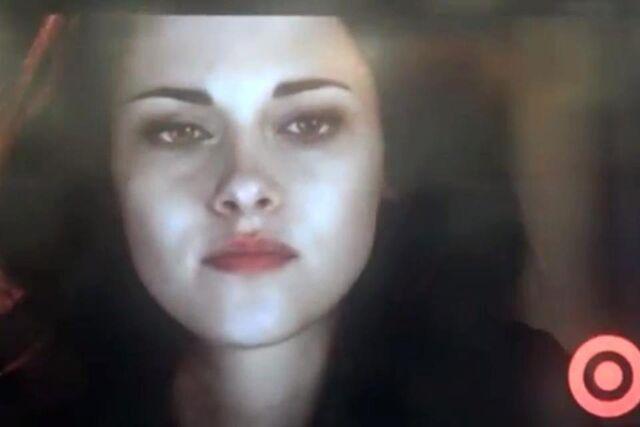 File:Bella vampire breaking Dawn Part two.jpg