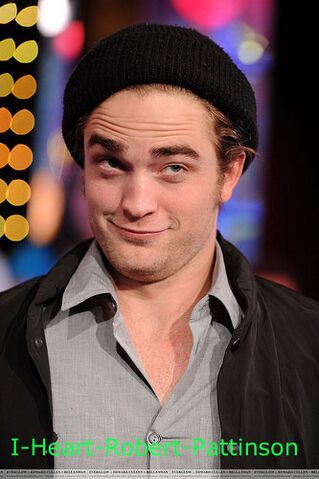 File:Robert-Pattinson.jpg