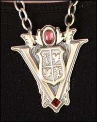 File:200px-Volturi Crest Necklace - 2.jpg