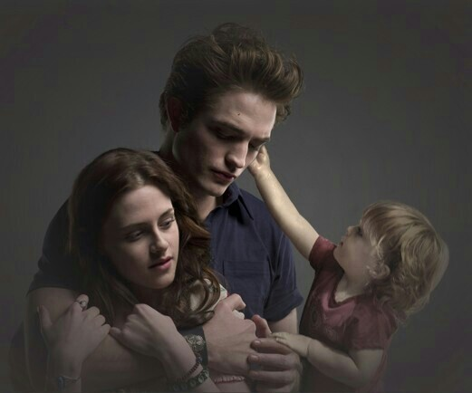 File:The-Cullen-family-renesmee-carlie-cullen-15338026-521-434.jpg