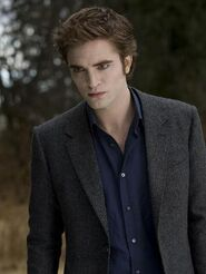 162943-robert-pattinson-in-twilight-new-moon