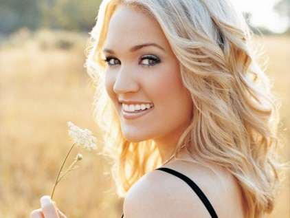 File:Carrie underwood.jpg