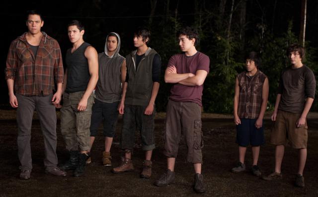 File:The-Twilight-Saga-Breaking-Dawn-Part-1-Breaking-Dawn-Stills-the-quileute-wolf-pack-26514691-640-397.jpg