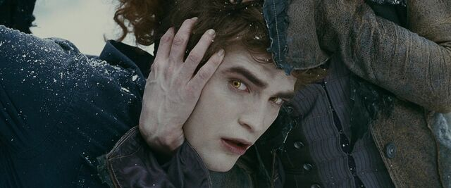 File:Eclipse-Screencaps-edward-cullen-15043451-720-304.jpg