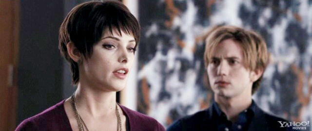 File:The-Twilight-Saga-Breaking-Dawn-Part-1-jasper-hale-25303493-1280-539.jpg