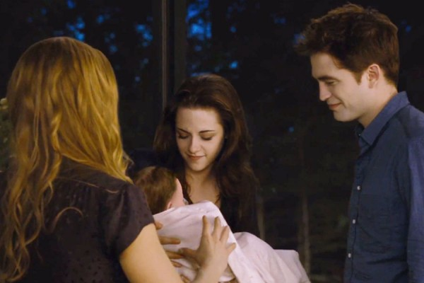 File:Twilight-Breaking-Dawn-Part-2-900-600-600x400.jpg