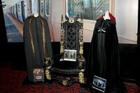 Throne prop
