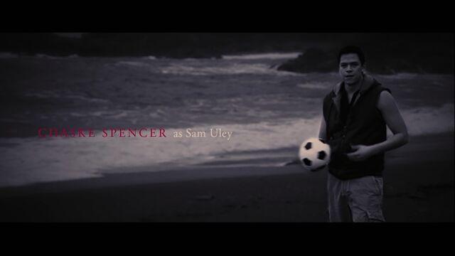 File:Chaske Spencer as Sam Uley.jpg