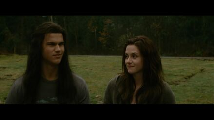 Bella-jake-hangout-new-moon