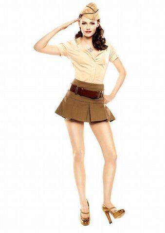 File:Kristen-stewart-20081104-468804.jpg