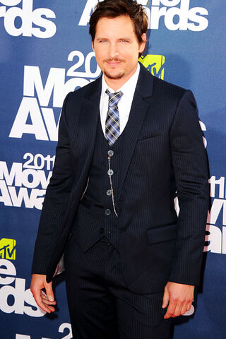 File:08 peter facinelli.jpg