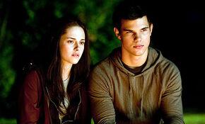 Jacob & Bella.jpg