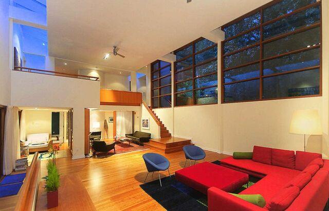 File:Twilight-cullen-mansion-up-for-sale-2.jpg