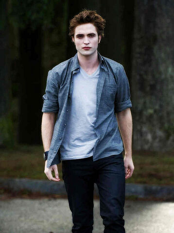 File:Edward Cullen New Moon.jpg
