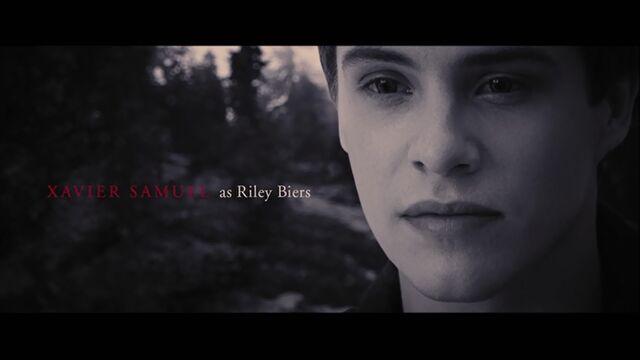 File:Xavier Samuel as Riley Biers.jpg