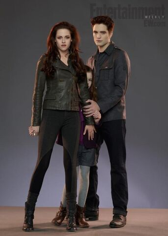 File:Bella, renesmee y edward.jpg