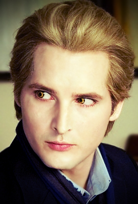 File:Carlisle Cullen in New Moon by wow a deer.jpg