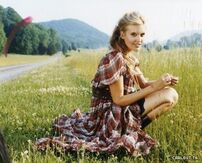 Maggie Grace Cosmo Photoshoot bycarlost blogspot com 05 large