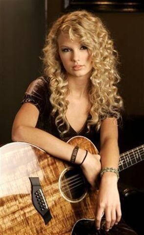 File:Taylor Swift.jpg
