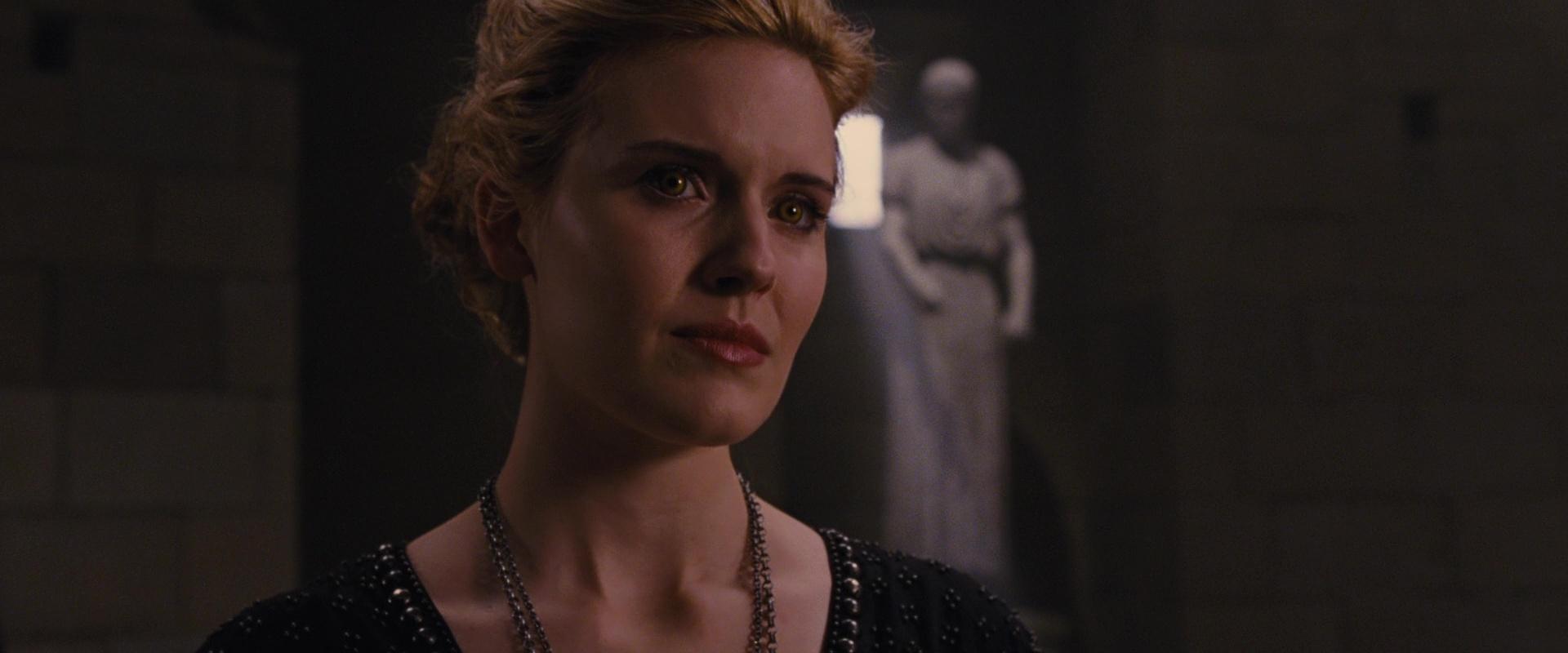 File:Irina goes to the Volturi.jpg