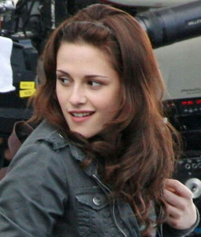 File:Kristen-stewart-on-set.jpg