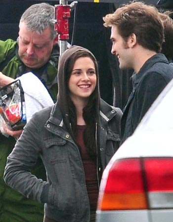 File:On the set of Eclipse 01.jpg