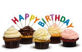 File:Birthday-cupcakes.jpg
