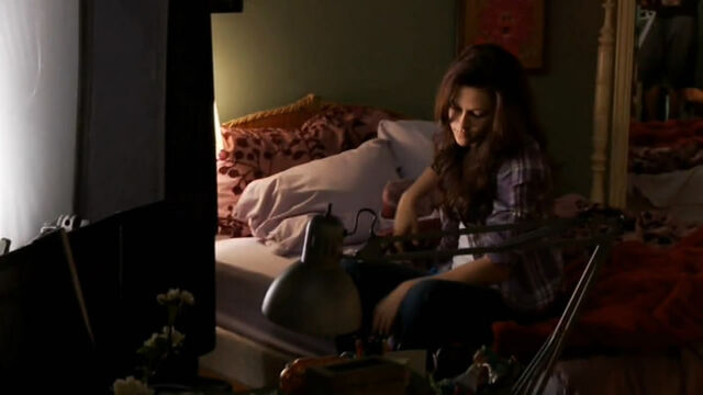File:Screencaps-From-the-FULL-Eclipse-Behind-the-Scenes-Feature-twilight-series-11013035-721-405.jpg
