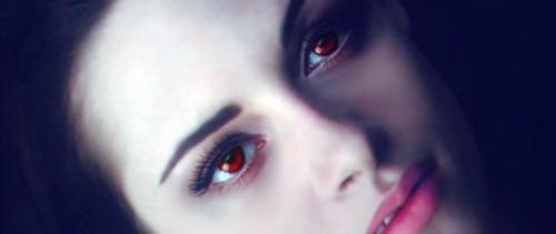Bella waking as newborn vampire
