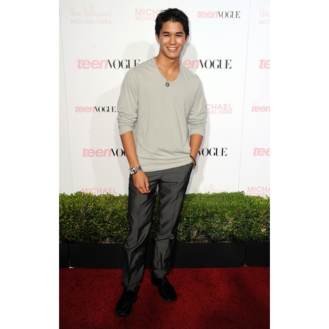 File:BooBoo Stewart Young Hollywood Party 2011 1.jpg